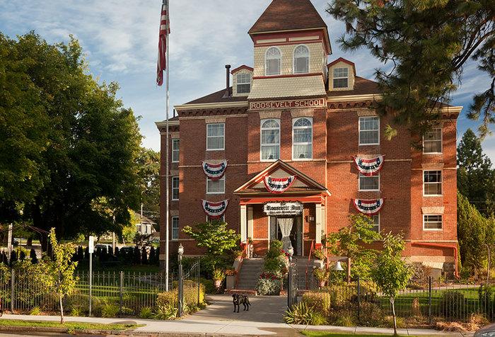 Roosevelt Inn Coeur D'Alene Idaho